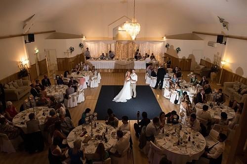 phpthumb&ctx=web&w=1000&h=800&zc=0&far=&q=90&src=%2Fassets%2Fgallery%2F4%2F43 - 5 Amazing Wedding Venues in Mount Tamborine