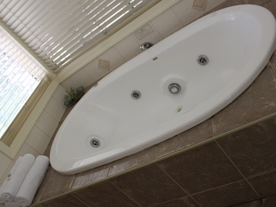 Bathtub in wedding accommodation